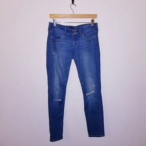 Hollister crop skinny distressed jeans size 5